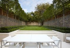 Small, simple, soothing garden design with curious focal point in rear corner. Modern Landscaping, Outdoor Landscaping, Outdoor Gardens, Landscaping Design, Outdoor Spaces, Outdoor Living, Architecture Design, Interior Design London, London Garden