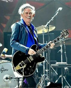 KEITH RICHARDS ON STAGE SAN DIEGO