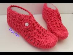 Tığ işi 3 boyutlu patik yapımı - 2. Bölüm // çeyizlik kolay patik modelleri Crochet Slippers, Knit Crochet, Hand Embroidery Stitches, Knitting Socks, Trends, Mittens, Nike Sportswear, Sneaker, Stuff To Buy