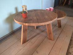 Leuke houten salontafels die je  in elkaar kan schuiven! In iedere denkbare diameter leverbaar! Maatwerk van Oud is Nieuw