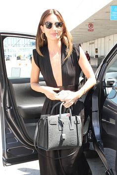 Lily Aldridge steps out at LAX with a luxe Saint Laurent Sac de Jour Lily Aldridge, Nyc Fashion, Luxury Fashion, Yves Saint Laurent Bags, St Laurent, Old Fashioned Drink, Ellie Saab, New Fragrances, Branded Bags