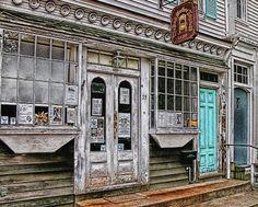 Sag Harbor Express facade