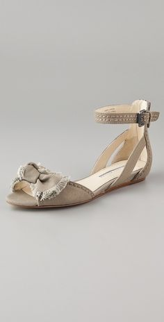 Leni Canvas Bow Sandals / Vera Wang