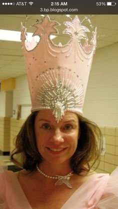 Glinda crown - Make out of cardstock to use for bow hat!