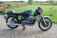 Airone sport van 1955 goed lopend met italiaanse papieren750 s3 replica op basis van een 850 t4 , motor loopt goedmotor heeft nederlands kenteken prijs €5400voor meer info