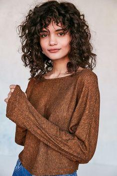Curly Hair Styles For Work Ideas 2020 Curly Hair Styles, Curly Hair With Bangs, Curly Hair Cuts, Short Curly Hair, Curly Girl, Hairstyles With Bangs, Short Hair Cuts, Straight Hairstyles, Natural Hair Styles