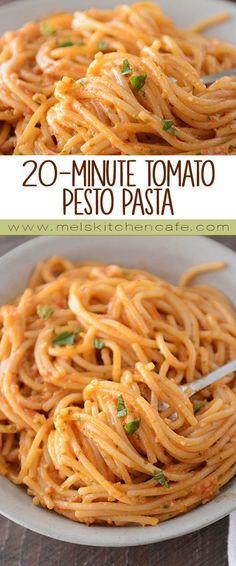 20-Minute Tomato Pesto Pasta