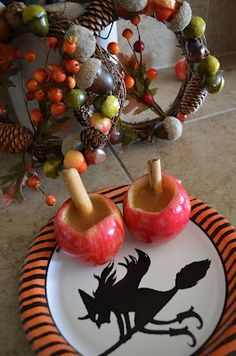 Cute little Apple cider cups great for Fall and for the kids