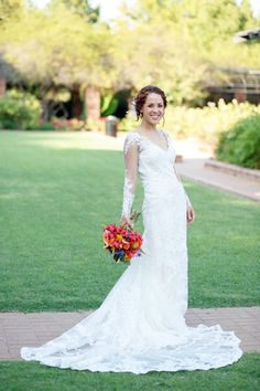 Clark Gardens Texas Wedding -- Amy Karp Photography -- Events by Jules Wedding Bride, Wedding Blog, Wedding Planner, Beautiful Wedding Gowns, Wedding Dresses, Clark Gardens, Bowling, Garden Wedding, Amy