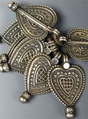 Small Indian Coin Silver Hearts | beadstore.com