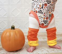 So cute for Halloween! Candy Corn legwarmers for babies and children.