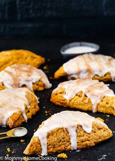 These Eggless Pumpkin Scones are warm, flaky, and buttery. They're super simple to make and the perfect fall breakfast, snack, or treat! @mommyhomecookin #recipe #eggfree #eggless #egglessbaking #eggallergy #scones #pumpkin #dessert #breakfast #brunch