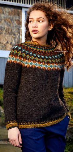 """Breien met www.Knotje.nl Trui """"Djasn"""" is gemaakt met de ISTEX Lettlopi. Zie voor meer informatie en benodigdheden onderaan de foto's. Het gebruikte garen en patronenboek zijn in onze webwinkel www.Knotje.nl te bestellen. (Of dubbelklik de foto voor alle informatie) Sweater Knitting Patterns, Knit Patterns, Icelandic Sweaters, Sweater Design, Cute Sweaters, Knit Crochet, Wool, Jacket, Tricot"""
