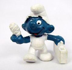 Vtg 1978 Smurfs Peyo FIRST AID Smurf 20054 Schleich Hong Kong PVC Figure Toy #Schleich