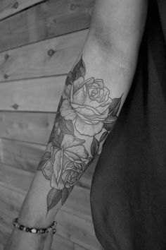 ♛ romantique désespéré ♛ tumblr. I love love love this style of rose for my memorial piece for my arm