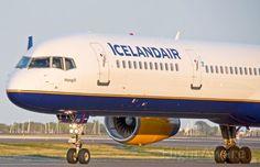 Boeing 757-300 (TF-FIX) Hengill John Marotta