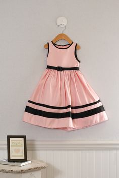 Gorgeous size 2t Girls formal dress by Sugar Plum. Just $17.99 at www.MoxieJean.com. Fabulous Easter Dress!