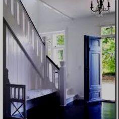 Japan black flooring Black Wood Floors, Painted Wood Floors, Wood Tile Floors, Parquet Flooring, Dark Flooring, Black Floorboards, Modern Flooring, Plywood Floors, Linoleum Flooring