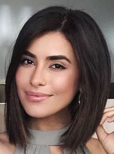 22 Medium Length Haircuts That Never Go Out Of Style - - Mind blowing medium length haircut on dark straight hair Haircuts For Medium Length Hair, Short Shag Hairstyles, Haircuts For Fine Hair, Haircut For Thick Hair, Fringe Hairstyles, Medium Hair Cuts, Hairstyles Haircuts, Short Hair Cuts, Medium Hair Styles