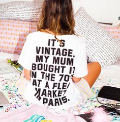 "this is funny. it also reminds me of like every teenage girl ever trying to be ""hipster"" and wear their vintage band tees and shit lol Trend Fashion, Love Fashion, Fashion Beauty, 70s Fashion, Fashion Killa, Ladies Fashion, Style Fashion, Glam Rock, Steam Punk"