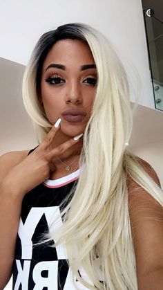 gabiii as a blond Weave Hairstyles, Pretty Hairstyles, Blonde Hair Girl, Youtubers, Celebrity Hairstyles, Hair Dos, Most Beautiful Women, Dyed Hair, Hair Inspiration