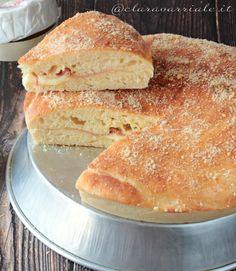 Focaccia farcita con impasto morbidissimo alle patate. Pizza, Hot Dog Buns, Sandwiches, Panini, Bread, Food, Recipes, Brioche, Pies