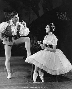 Michael Somes and Margot Fonteyn in Giselle at the Metropolitan Opera House, photo Houston Rogers. New York, US, 1960