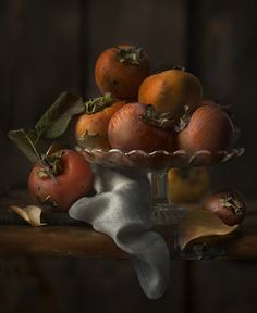 Persimmons by Mystic Light (Piga&Catalano) Light Painting Photography, Fruit Photography, Still Life Photography, Fine Art Photography, Still Life Images, Still Life Art, Fruit Painting, Fruit Art, Photo Projects