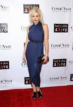 navy dress with black accessories