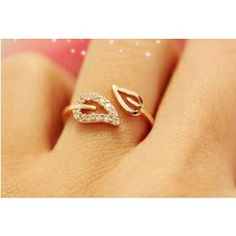 Unique diamond engagement ring rose gold Vintage diamond Cluster ring wedding antique Bridal Jewelry Anniversary Valentine's Gift for women - Fine Jewelry Ideas Leaf Jewelry, Bridal Jewelry, Jewelry Gifts, Gold Jewelry, Jewelry Accessories, Fine Jewelry, Jewellery Rings, Swarovski Jewelry, Resin Jewelry