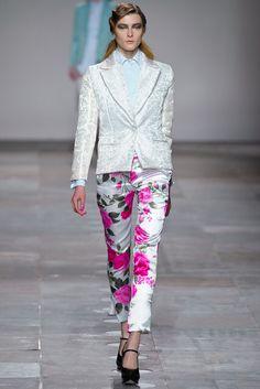 Fashion East - Maarten van der Horst | Fall 2012 Ready-to-Wear Collection | Vogue Runway