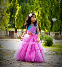 Little Girl Pageant Dresses, Baby Dresses, Toddler Girl Dresses, Girls Dresses, Baby Frocks Designs, Kids Frocks Design, Kids Blouse Designs, Kurta Designs, Kids Party Frocks