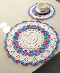 Crochet Doily Rug, Crochet Borders, Crochet Rope, Crochet Tablecloth, Crochet Art, Filet Crochet, Hand Crochet, Crochet Flowers, Crochet Stitches