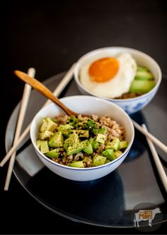 Tuna & Avocado Brown Rice Bowl