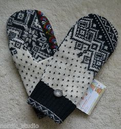 HANDMADE 100% WOOL recycled DALE of NORWAY sweater MITTENS, Fleece Lined