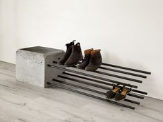 Cantilever Shoe Rack by Stance Studio – Shoe Rack, Brutalist, Cantilver, Outdoor… – Top Trend – Decor – Life Style Concrete Crafts, Concrete Art, Concrete Projects, Concrete Design, Polished Concrete, Concrete Furniture, Diy Furniture, Furniture Design, Diy Shoe Rack