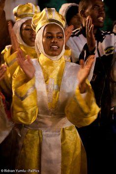 I ain't no Coptic Christians celebratin' Christmas in Bethlehem, but I sure will rock those outfits!