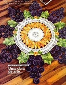 Centro de Mesa Redondo Cacho de Uvas em Croche