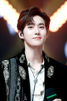 """Kim better known by his stage nameSuho(meaning """"guardian"""" in Korean), is a South Korean singer and actor. He is a member and leader of the South Korean-Chinese boy group Exo and its sub-unit Exo-K. Tao, Chanyeol Baekhyun, Park Chanyeol, Foto Sehun Exo, K Pop, Super Junior T, F4 Boys Over Flowers, Kim Joon Myeon, Rapper"""