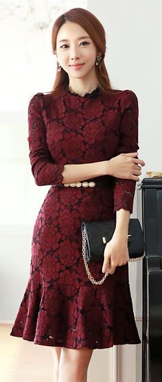 StyleOnme_Floral Lace Long Sleeve Flounce Dress #floral #lacedress #falltrend #autumnlook #winered #elegant #feminine #koreanfashion #seoul