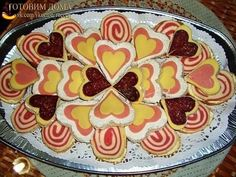 Cold Appetizer Platter DIY Ideas, Appetizer Design and Placement for Any buffet and party. Valentines Day Food, Valentine Cookies, Cut Recipe, Cold Appetizers, Appetizer Ideas, Food Humor, Funny Food, Food Dishes, Food Pictures