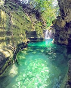 Tag who you'd swim here with #VacationWolf http://www.VacationWolf.com Check out @tourwolf  :@ninjarod