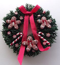 Miniature Christmas Wreath with Gingerbread Men and Candy Canes