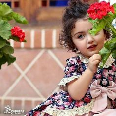 Baby Photography Toddler Little Girls 60 Ideas Cute Little Baby Girl, Beautiful Little Girls, Little Doll, Beautiful Children, Aya Sophia, Cute Baby Girl Wallpaper, Baby Boy Baptism Outfit, Cute Baby Girl Pictures, Cute Babies Photography