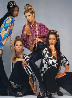Stephanie Seymour, Naomi Campbell, Christy Turlington & Yasmeen Ghauri     Gianni Versace F/W 1992/'93
