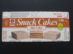 Little Debbie Spice Cakes.) What I craved when I was pregnant with my son! Little Debbie Snack Cakes, Discontinued Food, Food Picks, Spice Cake, Good Food, Fun Food, Cravings, Cake Decorating, Sweet Tooth