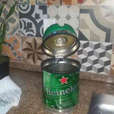Lixeira Cesto De Pia Feita Com O Barril Da Heineken