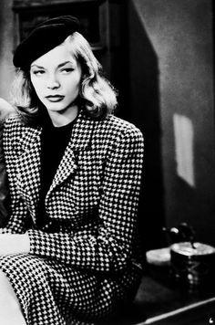 Vintage . Lauren Becall