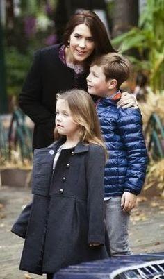 princesse Mary avec le prince Christian et la princesse Isabella