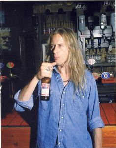 Jerry Cantrell On Pinterest Jerry Cantrell Jerry O